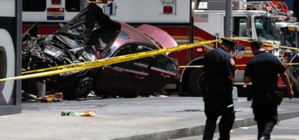 Woman killed, 22 injured after car plows into pedestrians in Times ... - go.com