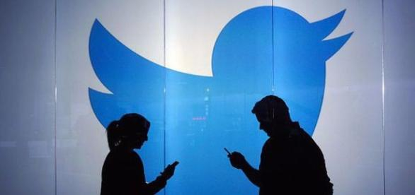 A media outlet has fulfilled Twitter's 24/7 live video dreams - mashable.com