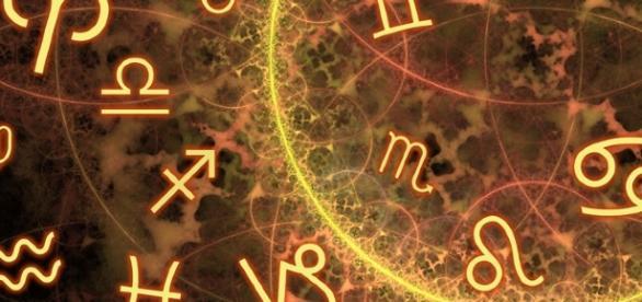 Defeitos e qualidades no zodiaco