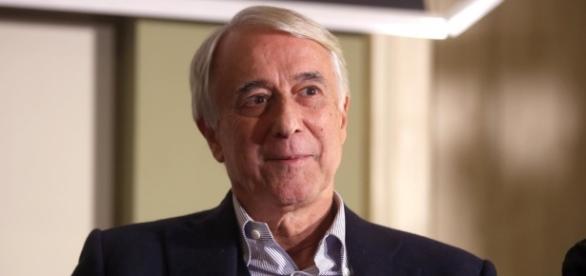 Giuliano Pisapia di Campo Progressista parla dopo le Primarie del PD