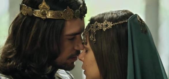 Joaquim e Edissa vivem um amor proibido (Foto: Reprodução/Record TV)