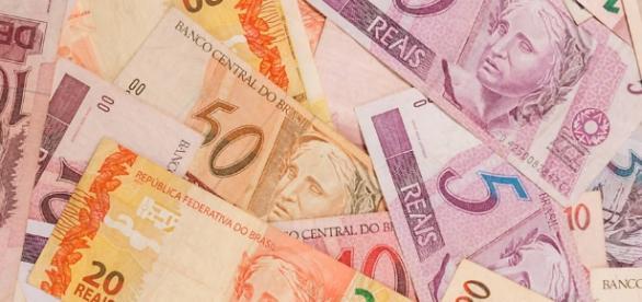 Pesquisa do instituto Datafolha mostra que brasileiro está mais confiante sobre recuperação econômica do país.