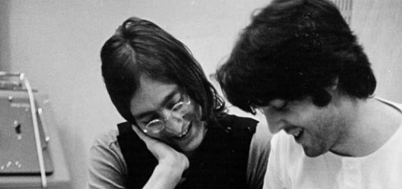 John Lennon e Paul McCartney, fotografati da Linda McCartney