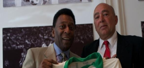 A nova profissão do ex-colega de time de Pelé