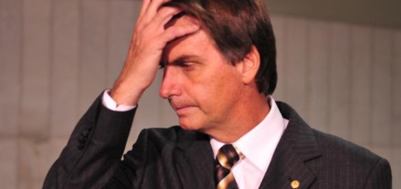 Poderá Bolsonaro também estar envolvido em esquema de corrupção?