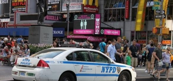 NYPD vehicle at Times Square in New York City (wikimedia)