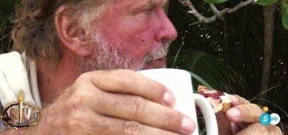 'Supervivientes': el Bigote más arrogante y Alba acosada por Kiko