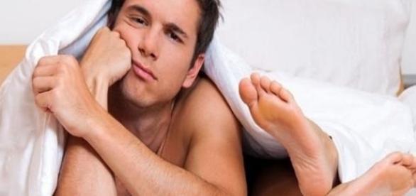 Descubra por que alguns homens fogem de relacionamentos (Foto: Reprodução)