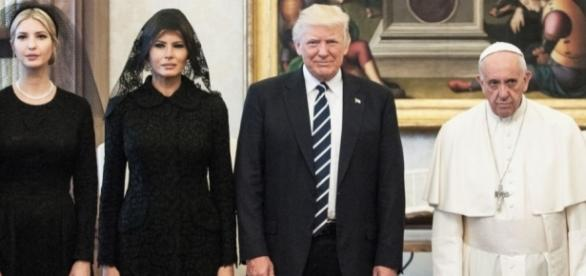 Donald Trump meets Pope Francis with Melania and Ivanka. (Photo: flipboard)