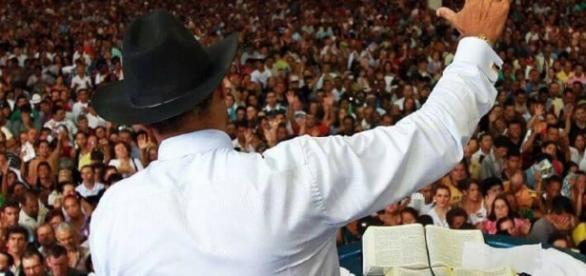 Fiel de instituição religiosa foi vitima de um golpe. Reprodução/ Site DICASonline