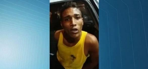 Homem finge ser agredido pela Guarda Municipal (Foto: Reprodução/ TV Gazeta)