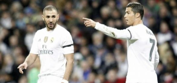 Real Madrid: Benzema menacé par CR7!