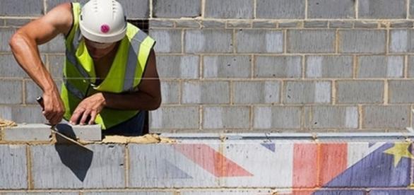 Tot mai puțini europeni caută joburi în Marea Britanie