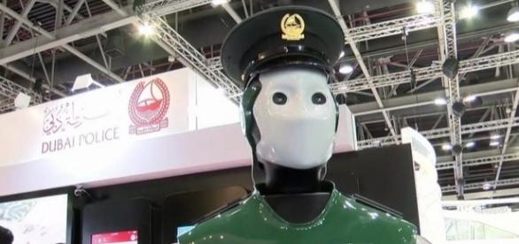 "World's first operational Robocop"" hits the streets as Dubai ... - mirror.co.uk"