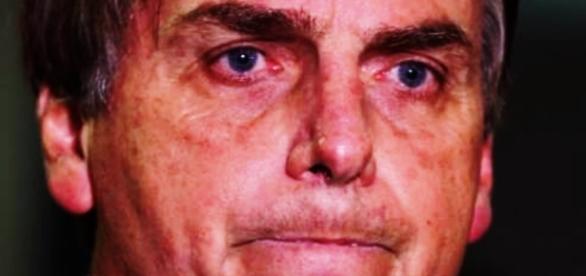 Bolsonaro fica em maus lençóis ao dizer como recebeu dinheiro da JBS - Google