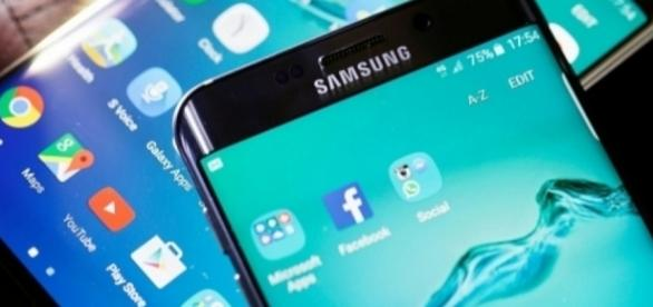 To install the new T-mobile update, the Galaxy S6 Edge+ and Galaxy Note 5 must have 50 percent or higher battery charge - gsmtube.com