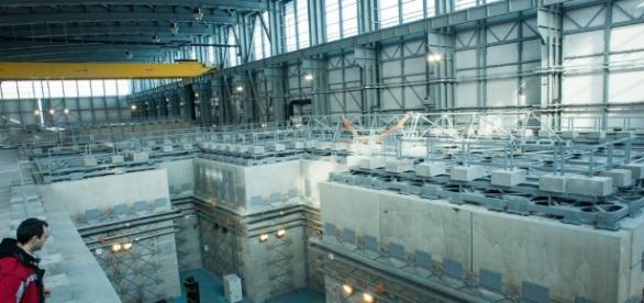 Mega-laser puternic cât o zecime din Soare construit in Romania ... - cyd.ro
