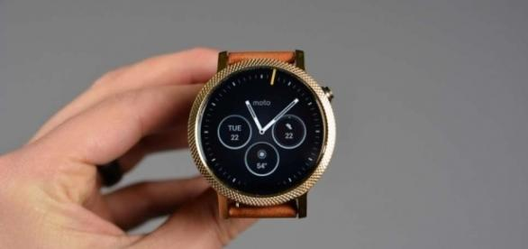 Moto 360 (2nd Gen) To Start Receiving Android Wear 2.0 Update ... - techvicity.com