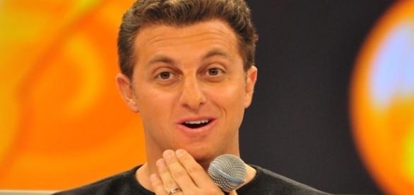 O apresentador acabou sendo motivo de 'piada' na internet ( Foto - Globo )