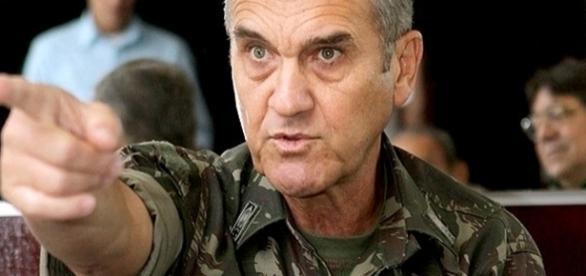 Villas Boas é o comandante do Exército Brasileiro