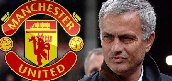 El Manchester United quiere la continuidad del técnico José Mourinho