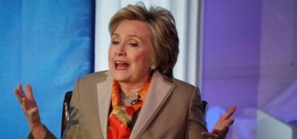 (BRENDAN MCDERMID/REUTERS) Clinton Speaking May 2nd