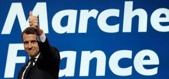 La UE felicita a Emmanuel Macron, que apuesta por relanzar el ... - rtve.es