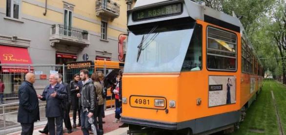 Milano, ragazza travolta dal tram: piede amputato