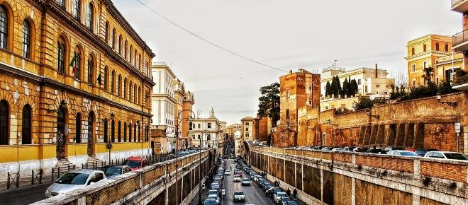 Mercato immobiliare: a Roma ripartono le compravendite