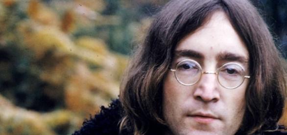 Corpos são achados em casa onde Lennon viveu - Google