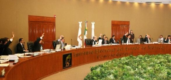 El Instituto Electoral del Estado de México fueron los encargados de dar el resultado preliminar en estas elecciones (via sistemamichoacano.tv)