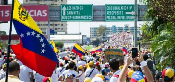 Las protestas en Venezuela se han vuelto una constante desde finales de marzo de 2017. - wikipedia.org