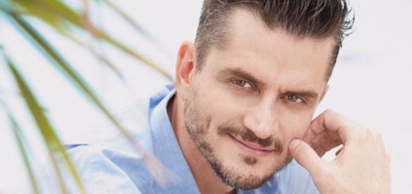 Marcos Harter fala sobre fãs de Emilly