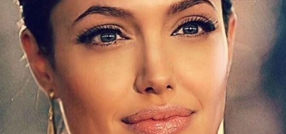 Angelina Jolie sempre deslumbrante