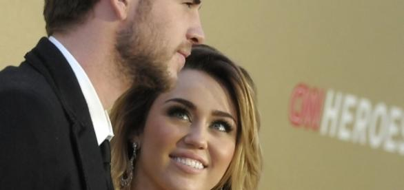 Miley Cyrus And Liam Hemsworth Heading To Splitsville Over Miley's ... - inquisitr.com
