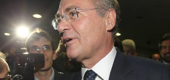 Senador Renan Calheiros (PMDB-AL), líder do PMDB no Senado, vem casando problemas ao governo Michel Temer