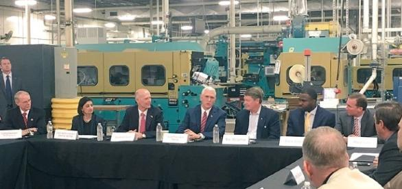 U.S. Vice President Mike Pence talks health care with business leaders in Jacksonville, Fla., in March.. (Photo: Office of the VP/Wikimedia Commons)