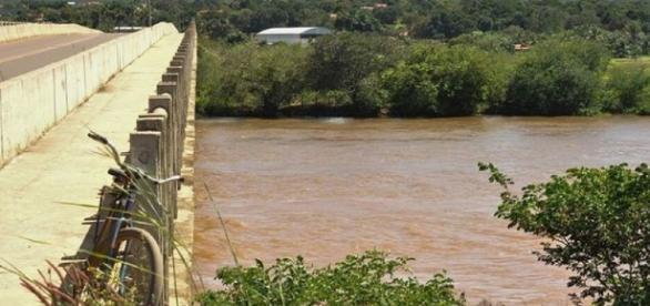 Corpo foi jogado em rio e achado na quarta-feira (3)