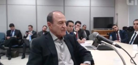Garcia chora durante audiência com o juiz Marcelo Bretas