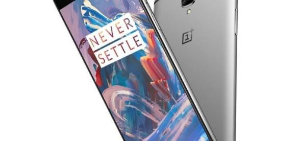 Price and Spec Wars: Samsung Galaxy C7, C5 to Compete with OnePlus ... - nashvillechatterclass.com