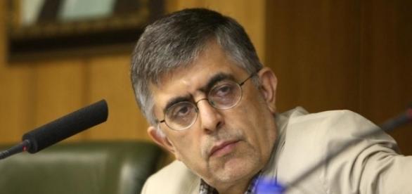 رفع حصر از موسوی و کروبی، چالشی پیش روی روحانی | ایران Gholam Hossein Karbaschi | DW.COM / Photo by dw.com via Blasting News library