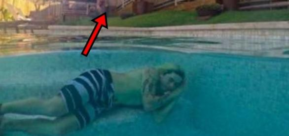 Whinderson Nunes e a polêmica foto na piscina - Google