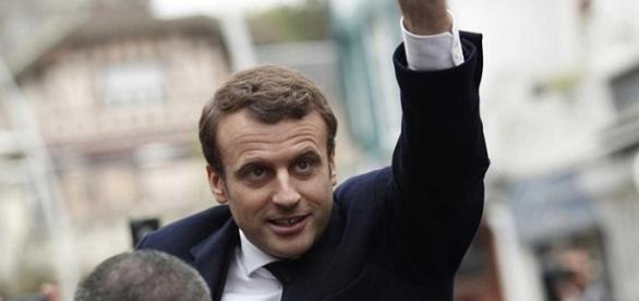 Com Macron, França permanece na União Europeia