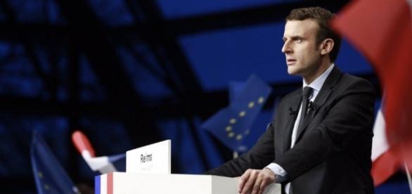 Centrista Emmanuel Macron vence eleições na França