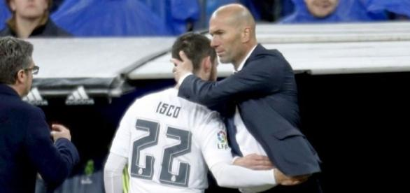 Real Madrid : Isco lâche le secret de Zidane !