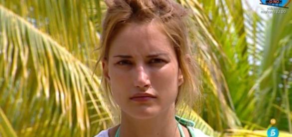 "Alba Carrillo decide no abandonar 'Supervivientes 2017': ""Sigo ... - bekia.es"