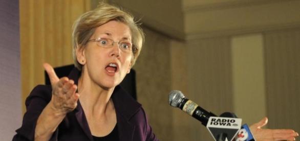 The fight is on — Donald Trump vs. Elizabeth Warren - The Boston Globe - bostonglobe.com