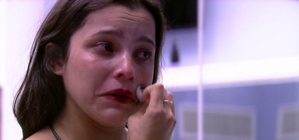 Emilly Araújo e o drama para comprar um apartamento