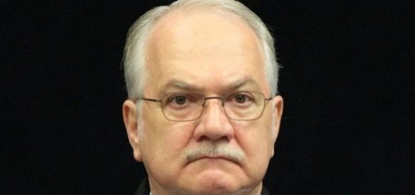 Fachin reclama do comportamento dos colegas da Corte