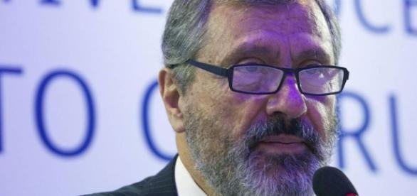 Novo ministro da Justiça, Torquato Jardim, foi contundente em relação ao futuro da Operação Lava Jato